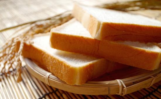 食パンの販売【社員登用有り!経験なしでも丁寧な指導で安心♪】