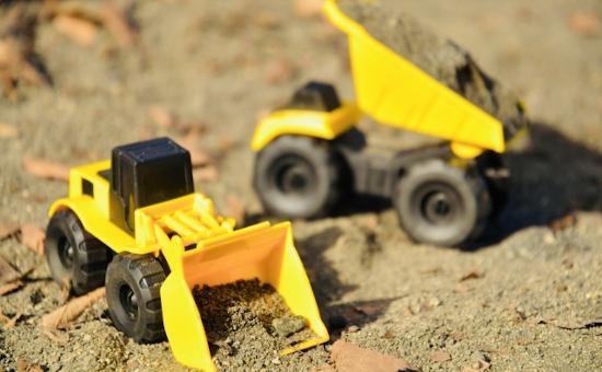 建設機械用小型部品の組立・検査